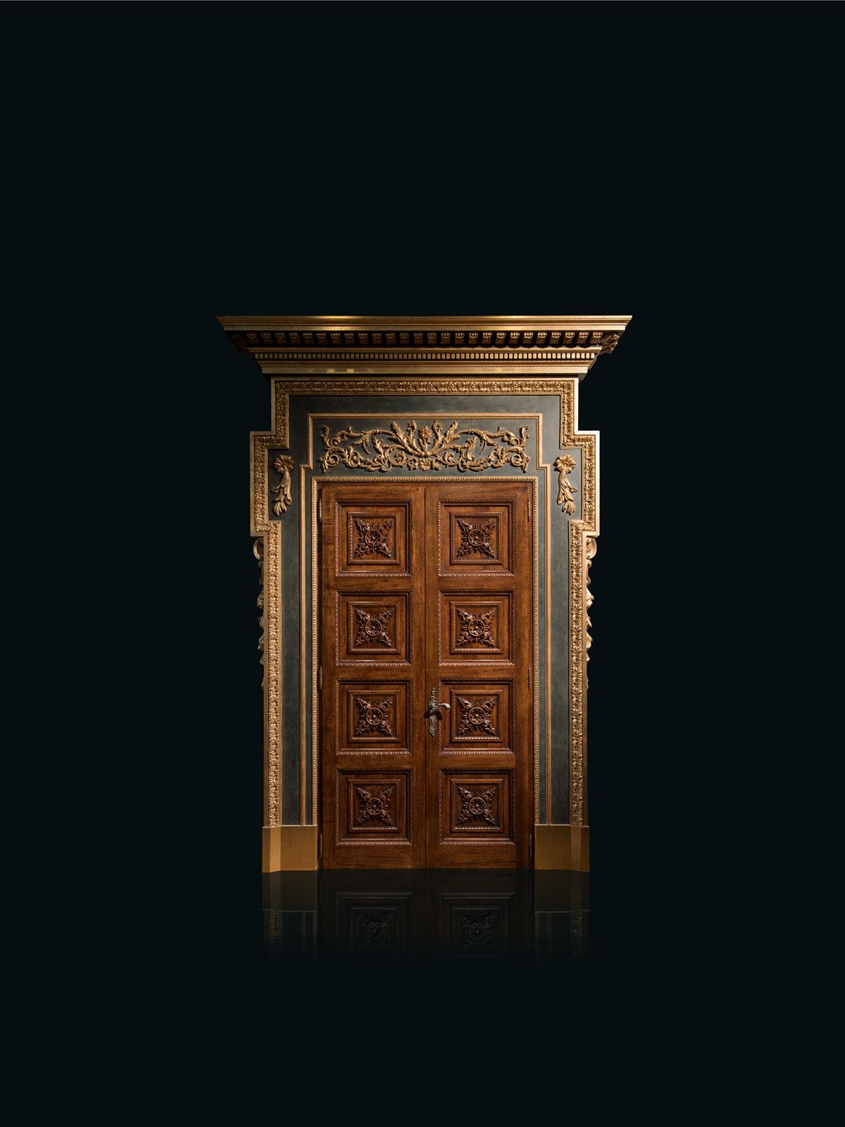 Double entrance door with portal – 236 h 326 cm