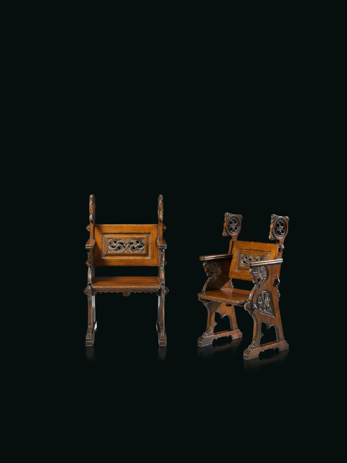 Monastery chair Mod. 846 – 65 x 52 h 110 cm