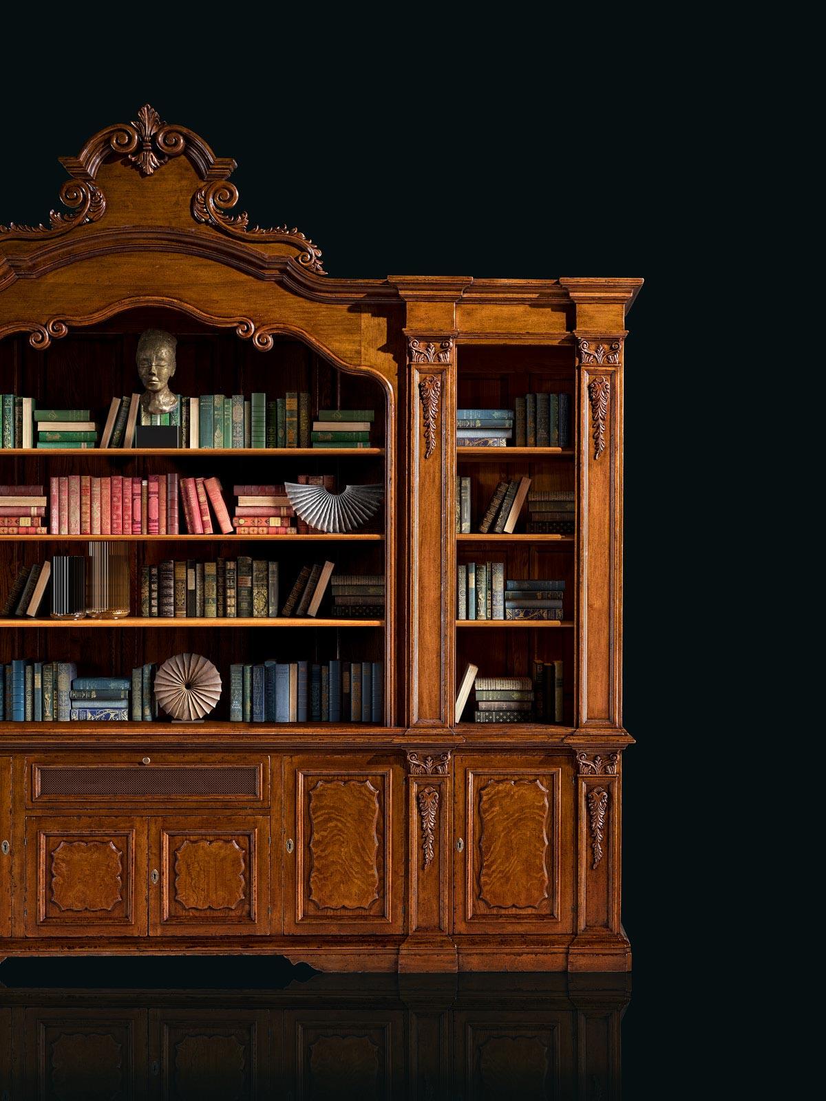 Custom bookcase – 390 x 65 h 330 cm