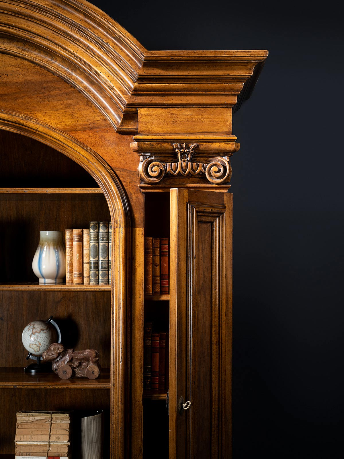 Bookcase Mod. 839 – 190 x 60 h 286 cm